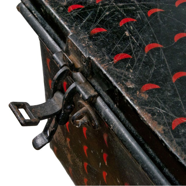English Cathedral Handpainted Metal Trunk - Image 5 of 6