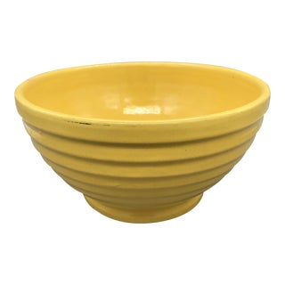 1940s Boho Chic Bauer Pottery Yellow Ringware #12 Bowl For Sale