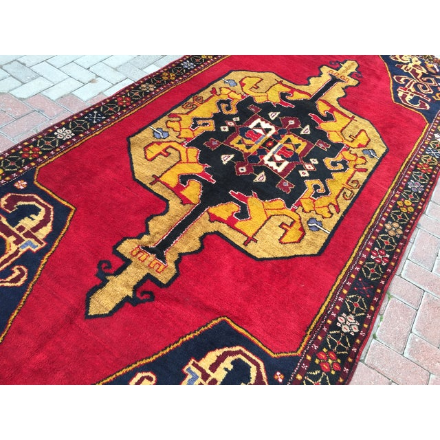 Vintage Anatolian Hand Knotted Rug - 5′1″ × 11′4″ For Sale In Raleigh - Image 6 of 7