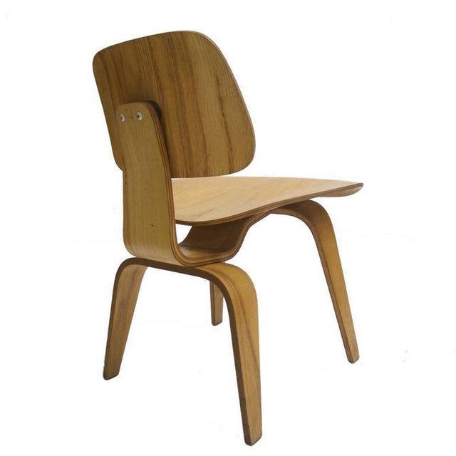 """1950s Charles and Ray Eames for Herman Miller Dcw """"Dining Chair Wood"""" in Oak For Sale - Image 5 of 10"""