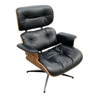 Mid-Century Modern Rosewood Plycraft Eames-Style Lounge Chair For Sale