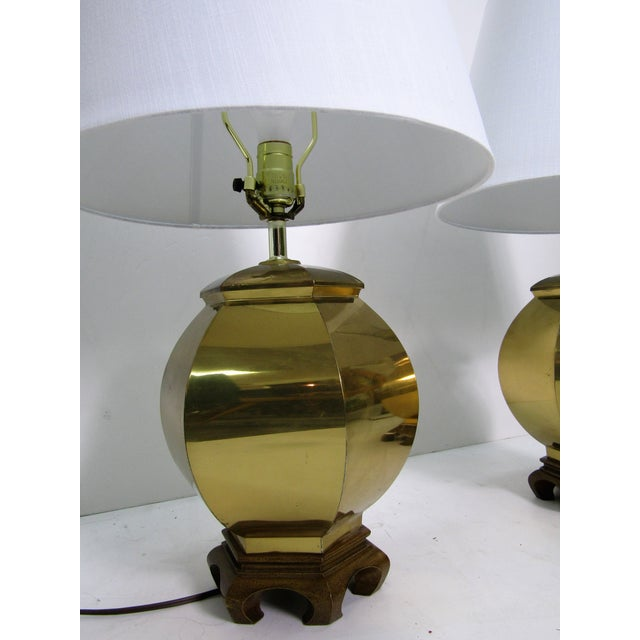 Vintage 1970s Chinoiserie Brass Lamps - a Pair For Sale - Image 4 of 6
