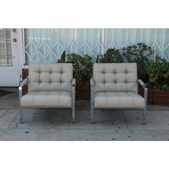 Vintage pair of Chrome and Leather lounge chairs in excellent condition. No damages or rips. Well kept with comfortable...