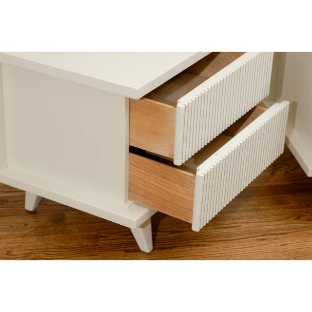 Mahogany Stunning End Tables or Night Stands by American of Martinsville For Sale - Image 7 of 11
