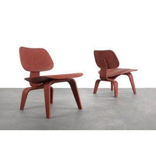 Set of Two Custom Eames for Herman Miller Lcw Lounge Chairs in Rust Red Preview