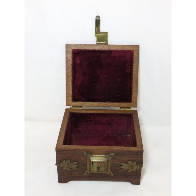 Early 20th Century Antique Arts & Crafts Oak and Bronze Box For Sale - Image 12 of 13