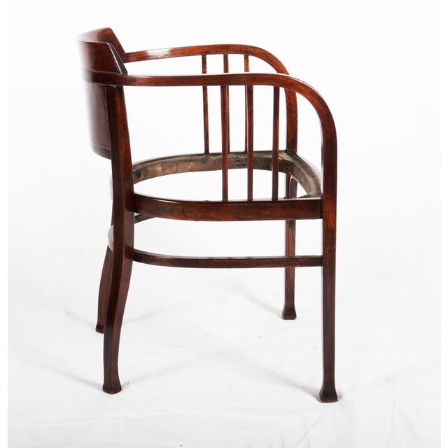 Traditional Beech armchair by Otto Wagner for Thonet, 1905 For Sale - Image 3 of 7