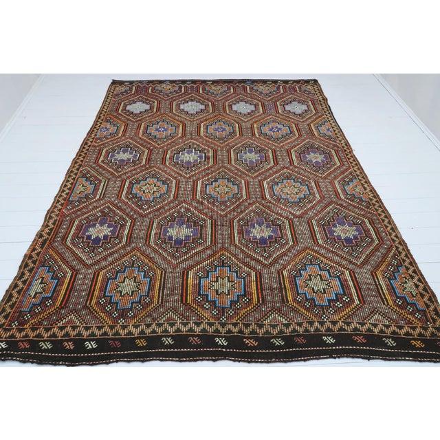 """Textile Vintage Turkish Kilim Rug-7'6'x9'6"""" For Sale - Image 7 of 13"""