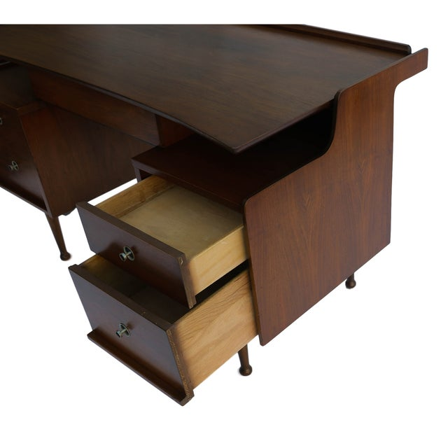Mid-Century Modern Mainline Hooker Mid Century Floating Desk For Sale - Image 3 of 10