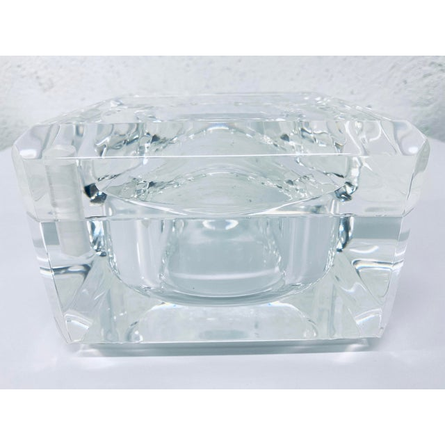 Mid-Century Modern 1970s Alessandro Albrizzi Faceted Lucite Bucket For Sale - Image 3 of 8