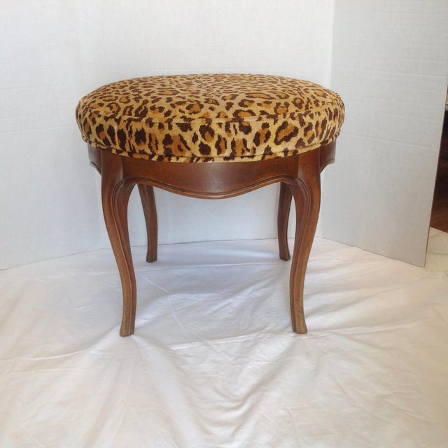 Traditional Vintage Italian Leopard Upholstered Vanity Stool For Sale - Image 3 of 13