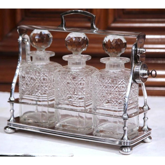 19th Century English Silver Plated 3-Carafe Tantalus With Lock Mechanism For Sale - Image 5 of 8