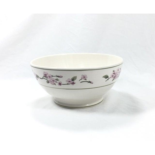 1980s Botanical Ceramic Serving Bowl For Sale - Image 5 of 6