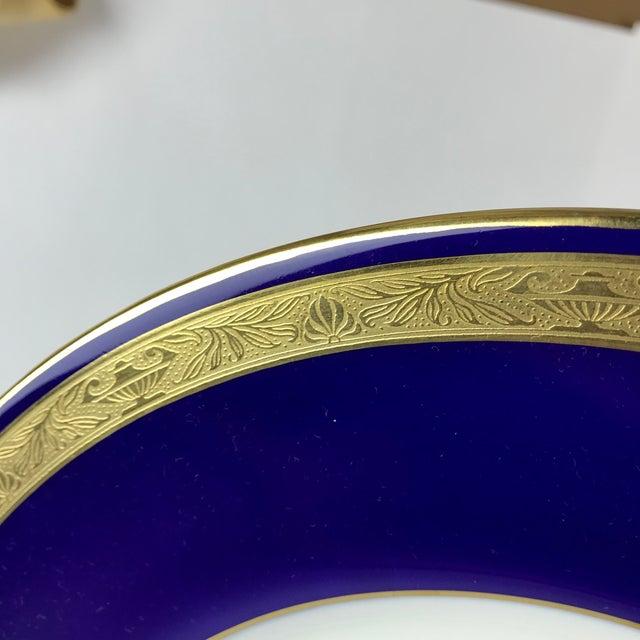 Blue Tiffany Gold & Cobalt Blue Rimmed Dinner Plates - Set of 6 For Sale - Image 8 of 13
