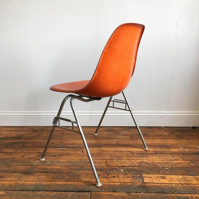 1960s Vintage Herman Miller Eames Orange Fiberglass Shell Chairs - Set of 4 For Sale - Image 6 of 11