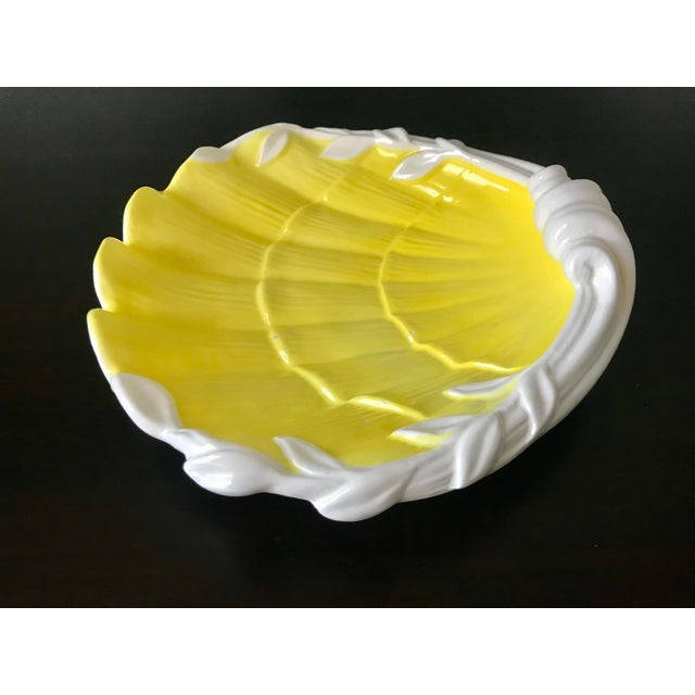 1980s 1980s Vintage Fitz & Floyd Yellow & White Seashell Dish For Sale - Image 5 of 12