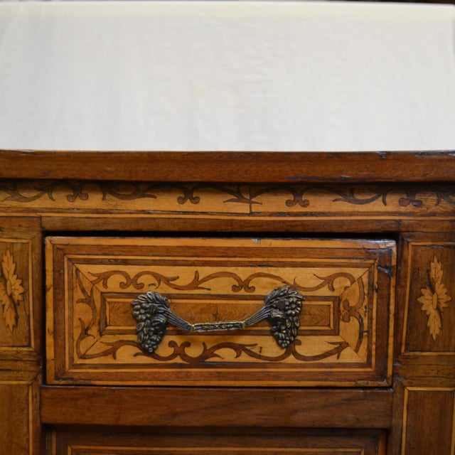 Italian Neoclassical Style Inlaid 19th Century Walnut Side Tables - A Pair For Sale In Los Angeles - Image 6 of 8