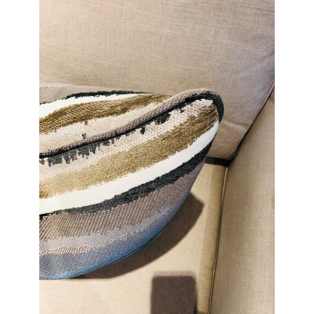 "Boho Chic 19"" Robert Allen Abstract Pillows - a Pair For Sale - Image 3 of 9"
