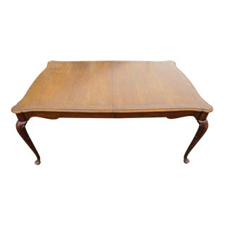 """Vintage Baker Furniture Co """"Collector's Choice"""" Queen Anne Dining Table With Leaves For Sale"""