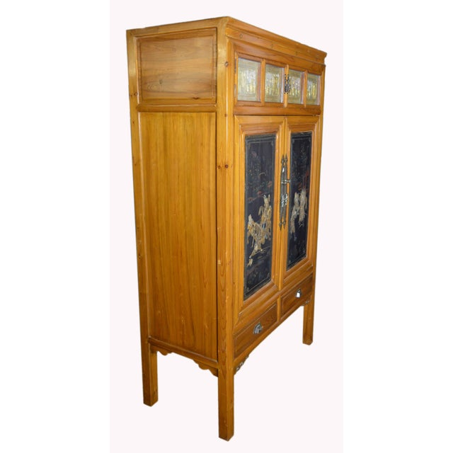 Early 20th Century Chinese Lacquered Armoire With Gilt Carved Warrior Motifs For Sale In New York - Image 6 of 13