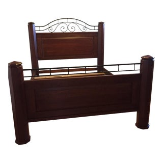 1990s Traditional Bob Timberlake for Lexington Cherry Queen Bed For Sale