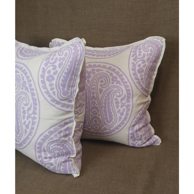 English Raoul Textiles Mira Linen Print Lilac Throw Pillows - a Pair For Sale - Image 3 of 5
