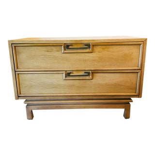 1960s Mid-Century Modern American of Martinsville Bedside Table For Sale