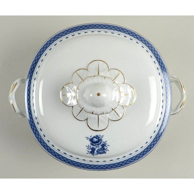 Traditional Mottahedeh Indigo Covered Serving Bowl For Sale - Image 3 of 11