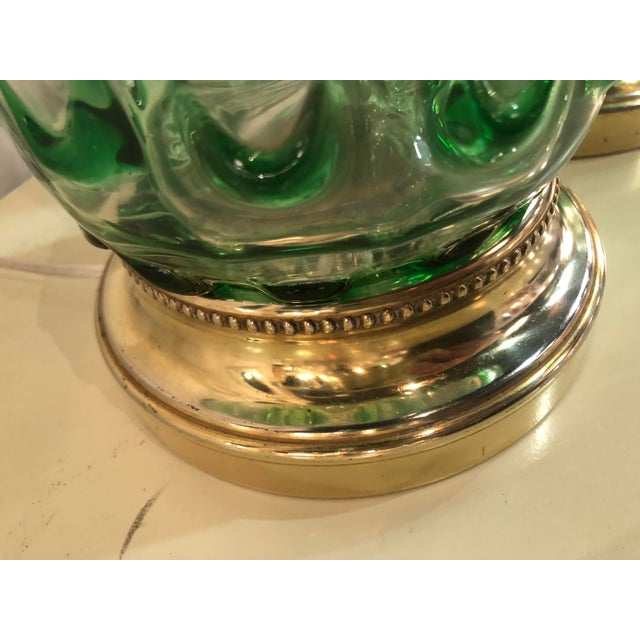 1970s Vintage Murano Green Swirl Glass Brass Lucite Table Lamps - a Pair For Sale - Image 5 of 13