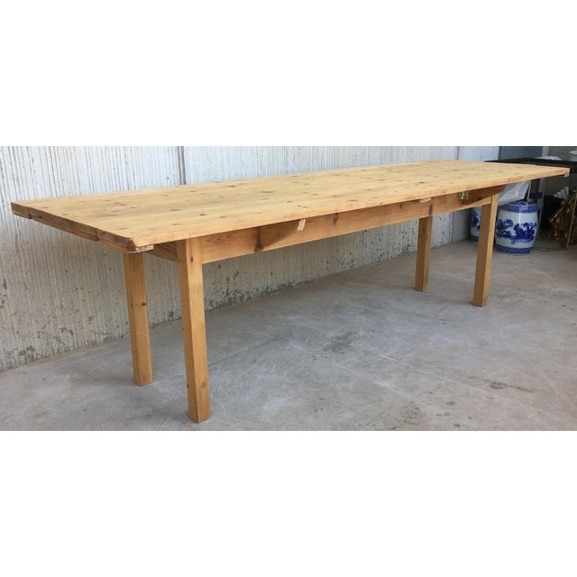 20th Century Midcentury Large Pine Drop-Leaf Country Farm Table With Two Leaves For Sale - Image 4 of 12