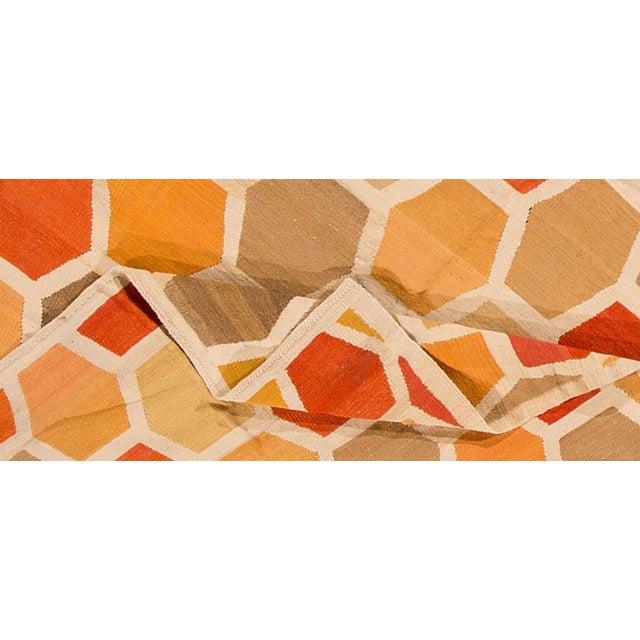 21st century modern Turkish Kilim rug with an all-over geometric, interlocking honeycomb pattern. Measures 6.10 x 10.01.