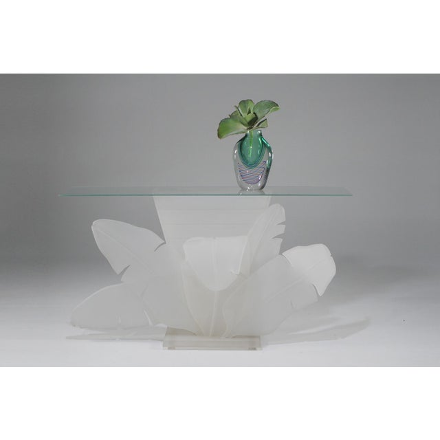 1970s Mid-Century Modern Luminous Electrified Frosted Lucite Palm Motife Console Table For Sale - Image 4 of 13