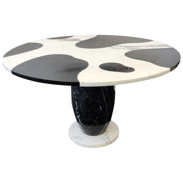 1980s Italian Carrara and Black Marble Dining Table For Sale