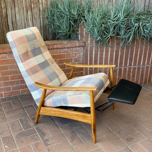 Mid-Century Modern Milo Baughman for James Inc Recliner Lounge Chair For Sale - Image 12 of 12