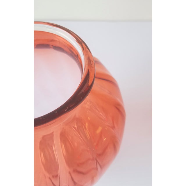 Pink 1987 Robbie Miller Blown Glass Vase for Traver Gallery Research For Sale - Image 8 of 13