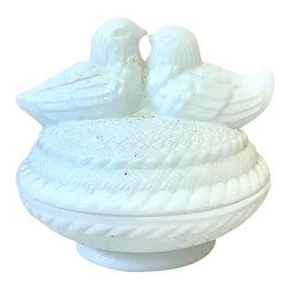 1950 Vintage White Milk Glass Birds Box For Sale