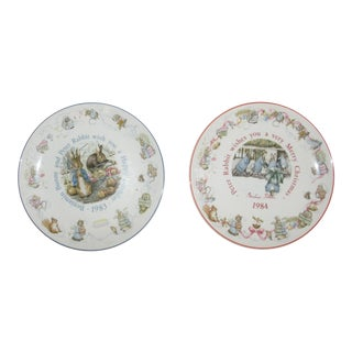 1983 + 1984 English Wedgwood Etruria & Barlaston Peter Rabbit Plates - a Pair For Sale