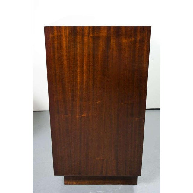 1950s Pair of Bachelor's Chests by Modern Age For Sale - Image 5 of 10