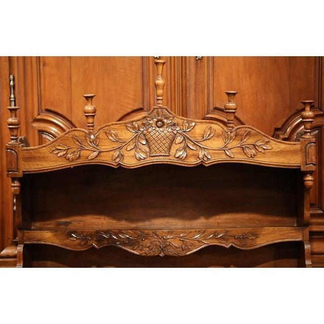 19th Century French Louis XV Carved Walnut Estanier Shelf For Sale In Dallas - Image 6 of 10