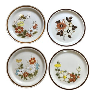 1970's Boho Chic Stoneware Mismatched Dinner Plate Set - 4 Pieces