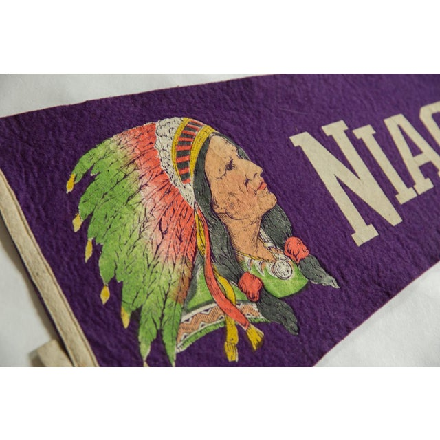 Native American Vintage Niagara Falls Felt Flag Pennant For Sale - Image 3 of 5