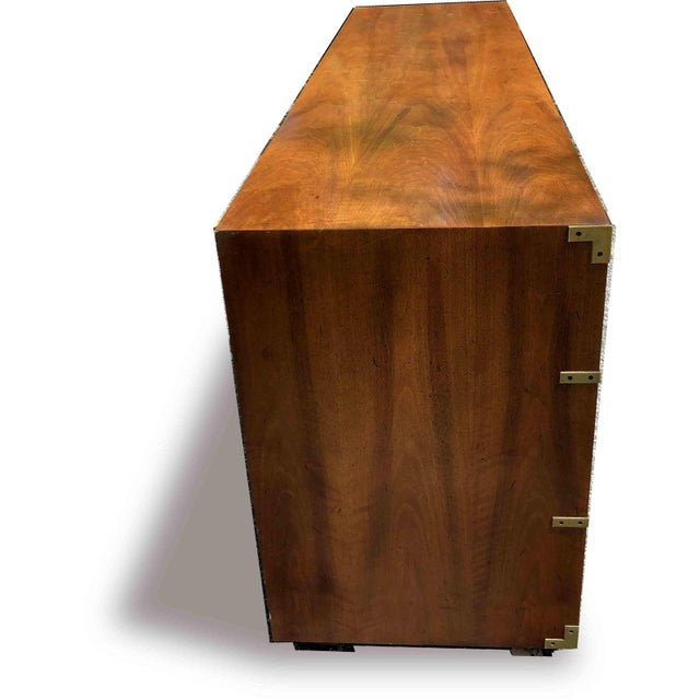 Mid-Century Modern 1970s Campaign 7 Drawer Credenza or Dresser by Henredon For Sale - Image 3 of 13
