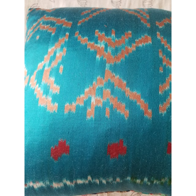 Anglo-Indian Silk Embroidered Tapestry Cushions With Ikat Backs For Sale - Image 12 of 13