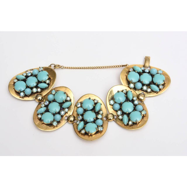 Brass Schiaparelli 5-Disc Cluster Faux Turquoise and Rhinestone Bracelet For Sale - Image 7 of 11