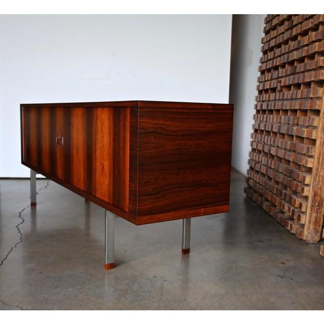Metal Hans Wegner Rosewood 'President' Cabinet, 1965 For Sale - Image 7 of 13