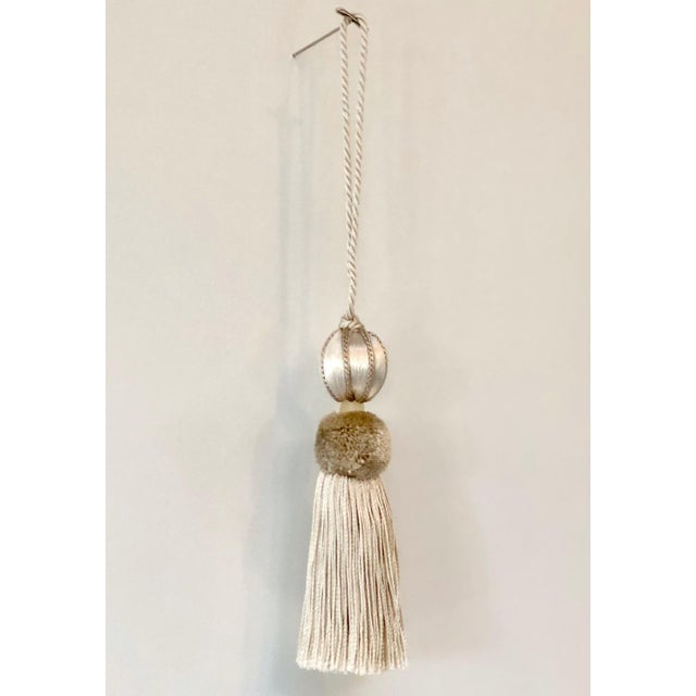 Merrivale Gold Beaded Key Tassel - H 4.5 Inches For Sale In Charlotte - Image 6 of 8