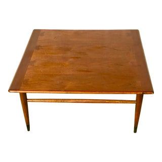 Mid-Century Lane Acclaim Style Coffee Table For Sale