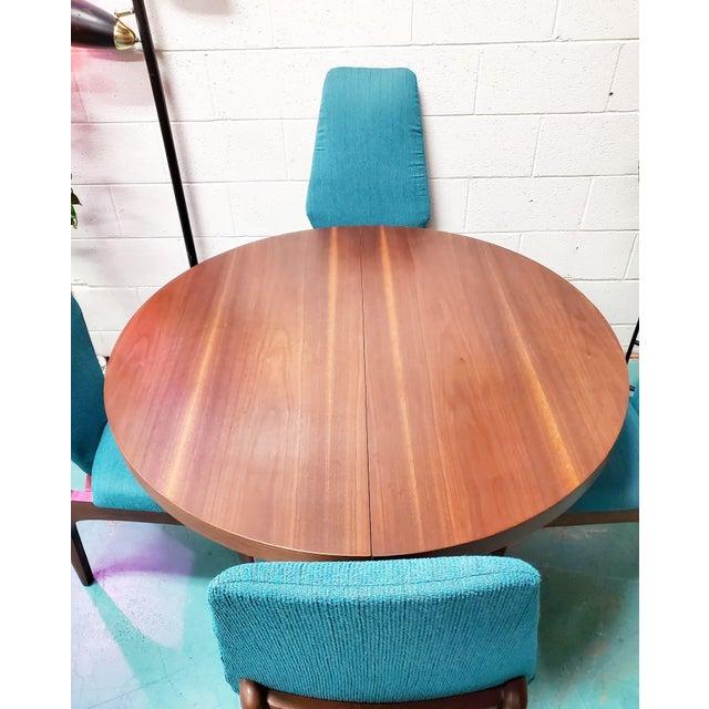 Kroehler Mfg. Co. Kroehler Mid Century Teal Upholstered Dining Set - 5 Pieces For Sale - Image 4 of 6