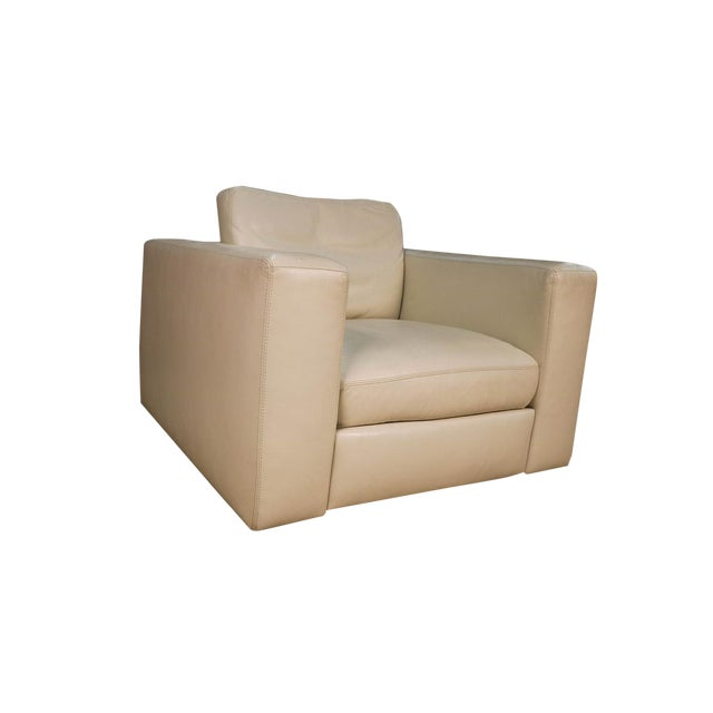 Mid Century White Leather Swivel Armchair for Design Within Reach For Sale