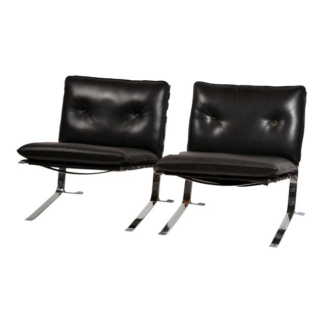 Original 'Joker' Lounge Chairs by Olivier Mourgue for Airborne - a Pair For Sale